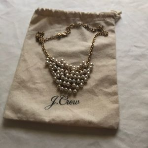 Pearl necklace great for work or weddings
